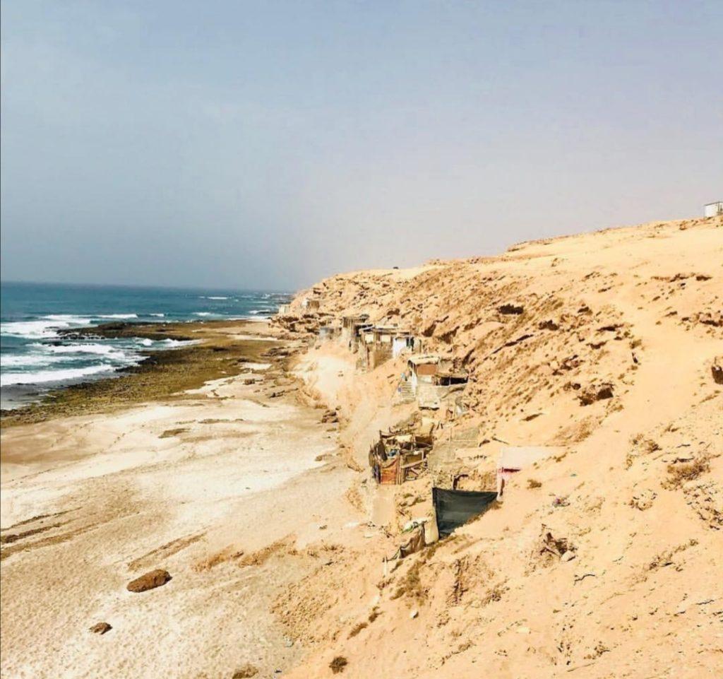 La spiaggia si fa più selvaggia nel Souss Massa.