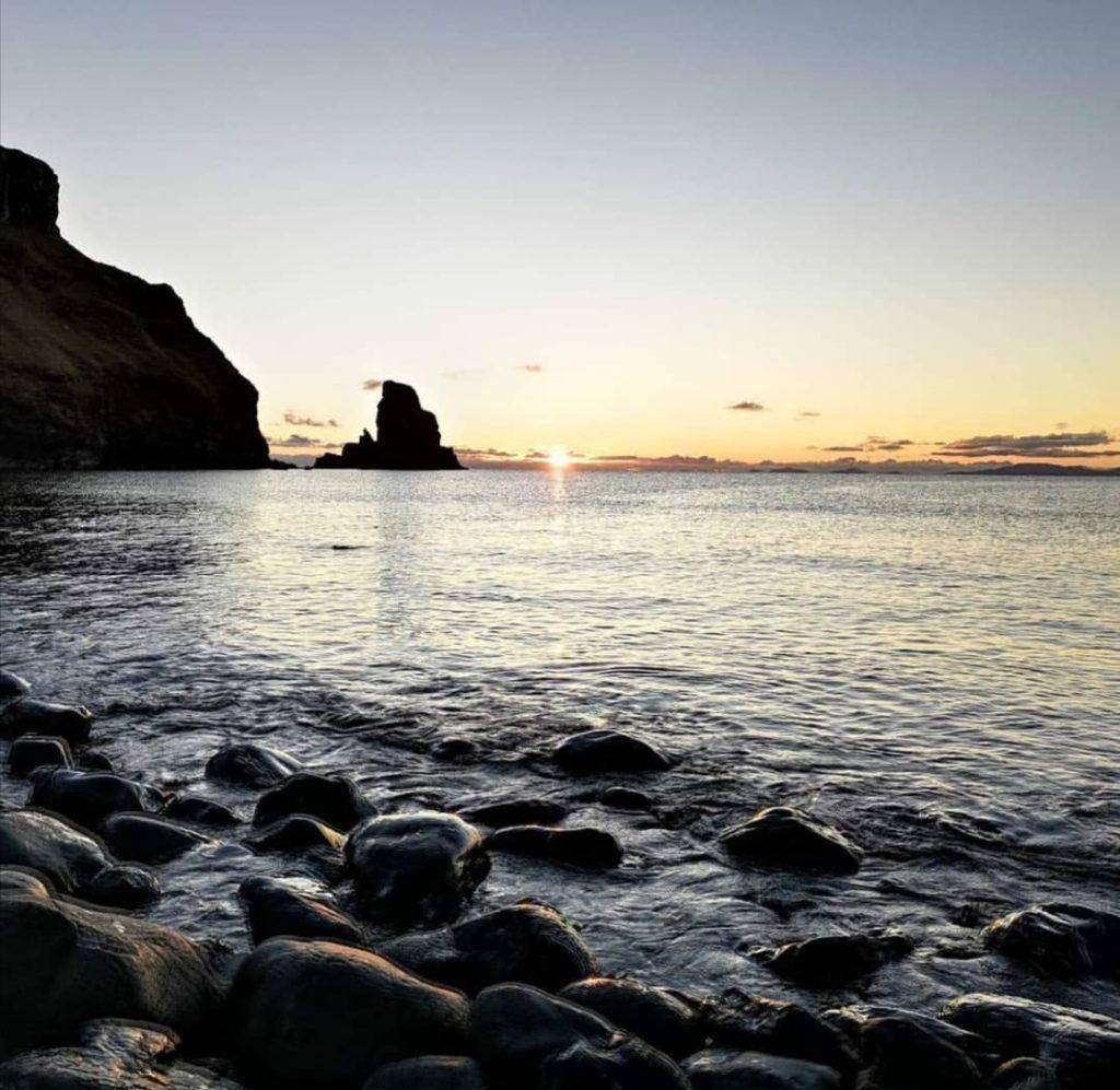Talisker Bay è probabilmente la più bella baia dell'isola di Skye.