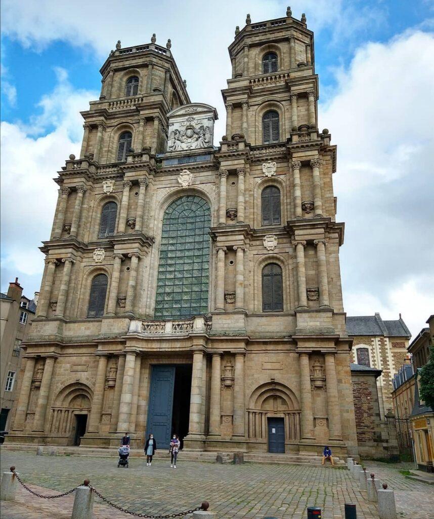 Rennes cosa non perdere, la cattedrale dall'esterno.