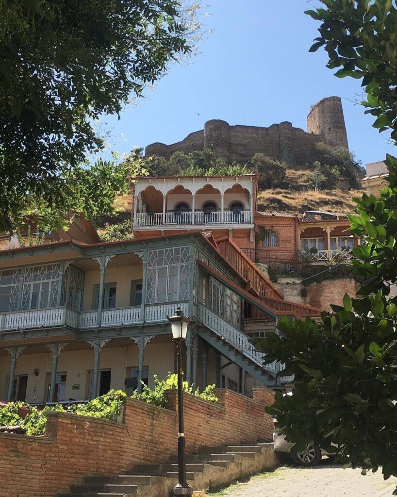 Cosa vedere a Tbilisi, immagini dalla città antica.