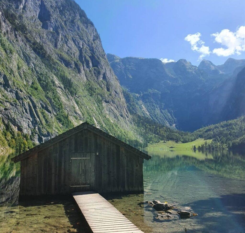 Germania in autunno: il lago alto nel la cascata Röthbach nella parte alta del Berchtesgaden Nationpark
